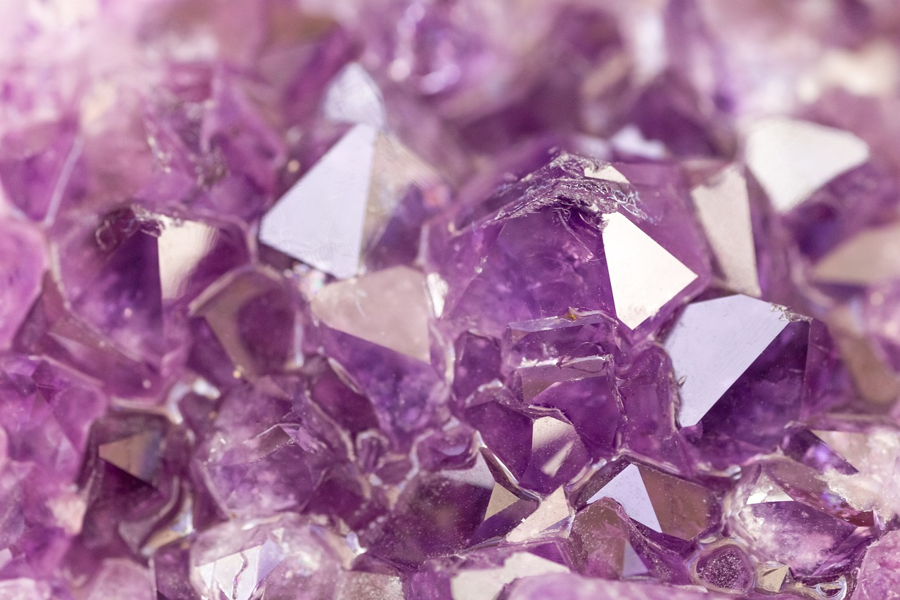 Crystal Healing - The Benefits of the Amethyst Crystal Stone - Stacey Chillemi - Health & Lifestyle Coach